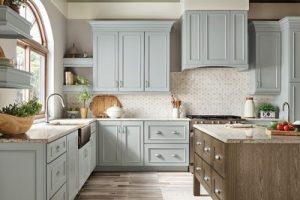 kitchen-remodel-in-Chattanooga-tn-kraftmaid-seafoam-blue-maple-cabinets-kitchen-island